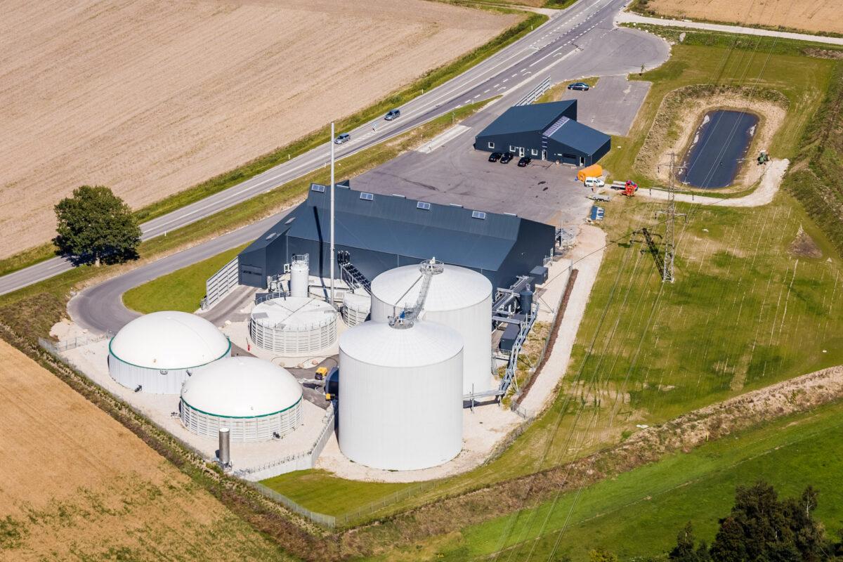 Luftfotografi af ete biogasanlæg