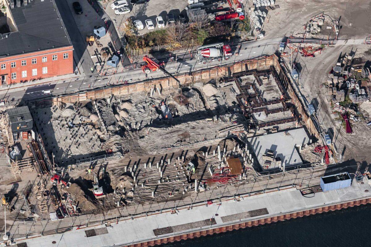 Luftfoto af et boligbyggeri i fase 1
