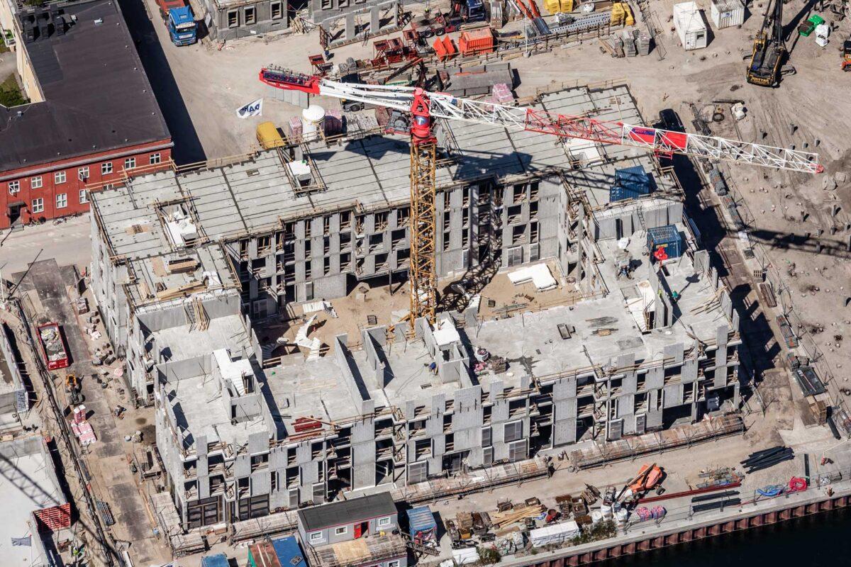 Luftfoto af et boligbyggeri i fase 2