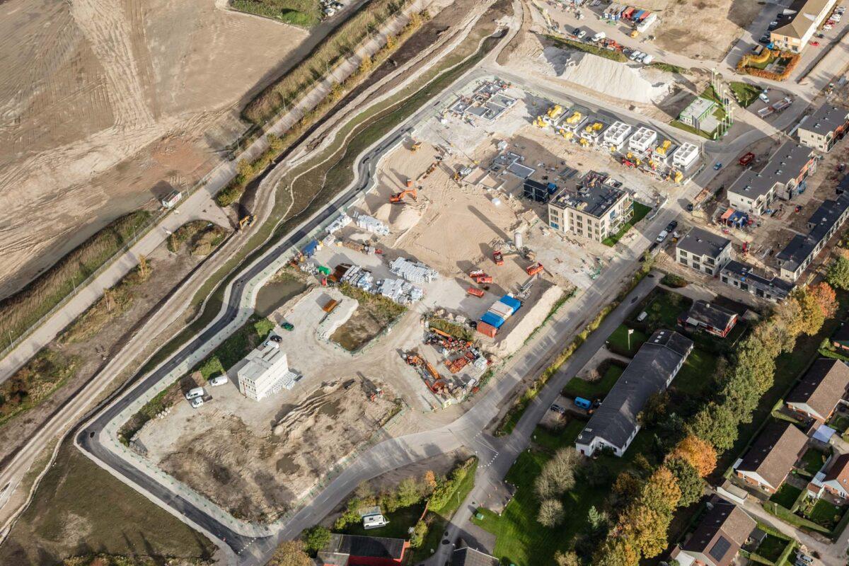 En byggeplads set fra luften