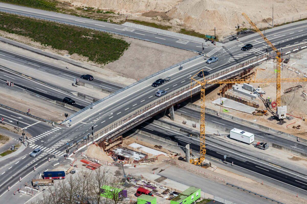Luftfotografi af ny motorvejsbro